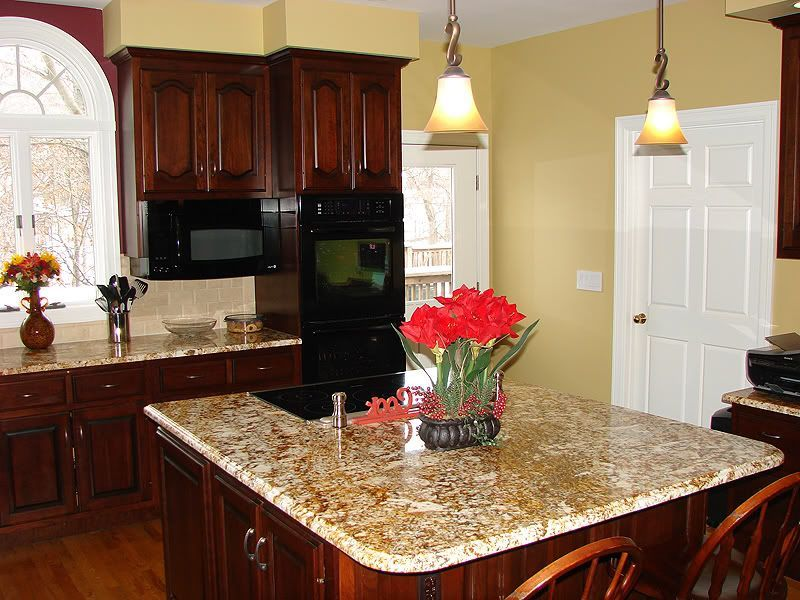 Kitchen Wall Color Schemes | Cherry cabinets kitchen wall ...