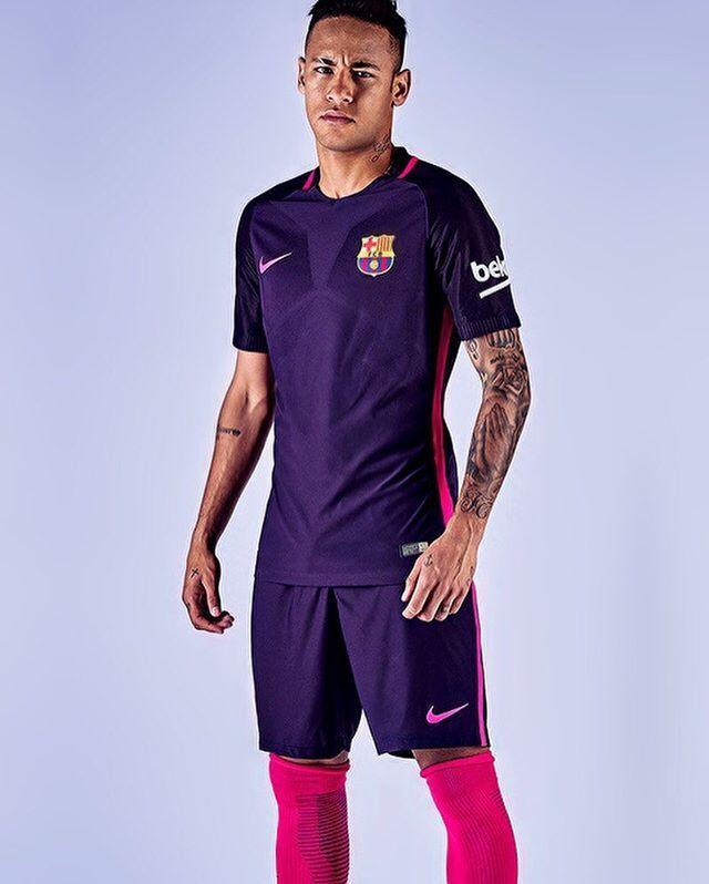 16c2b1aa37b1f Novo uniforme do Barcelona  NeymarJr  Neymar