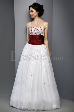Floor-length White Organza Wedding Gowns with Burgundy Embroidery