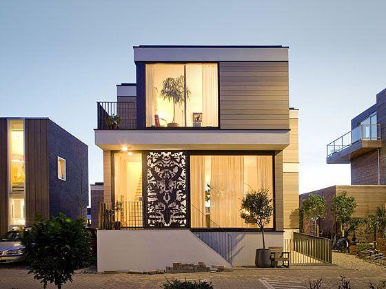 แบบบ านทาวน โฮม 3 ช น ม ช นใต ด น เสร มศ ลปะให อาร ต บ านไอเด ย แบบบ าน ตกแต งบ าน เว Small House Design House Designs Exterior Modern Architecture House