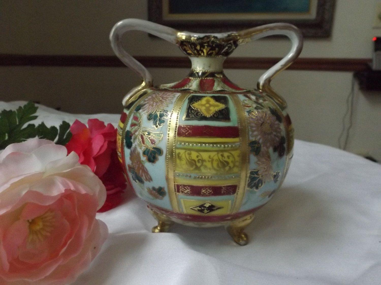 Antique Center Piece Oriental Vase Collectibles Multi Color