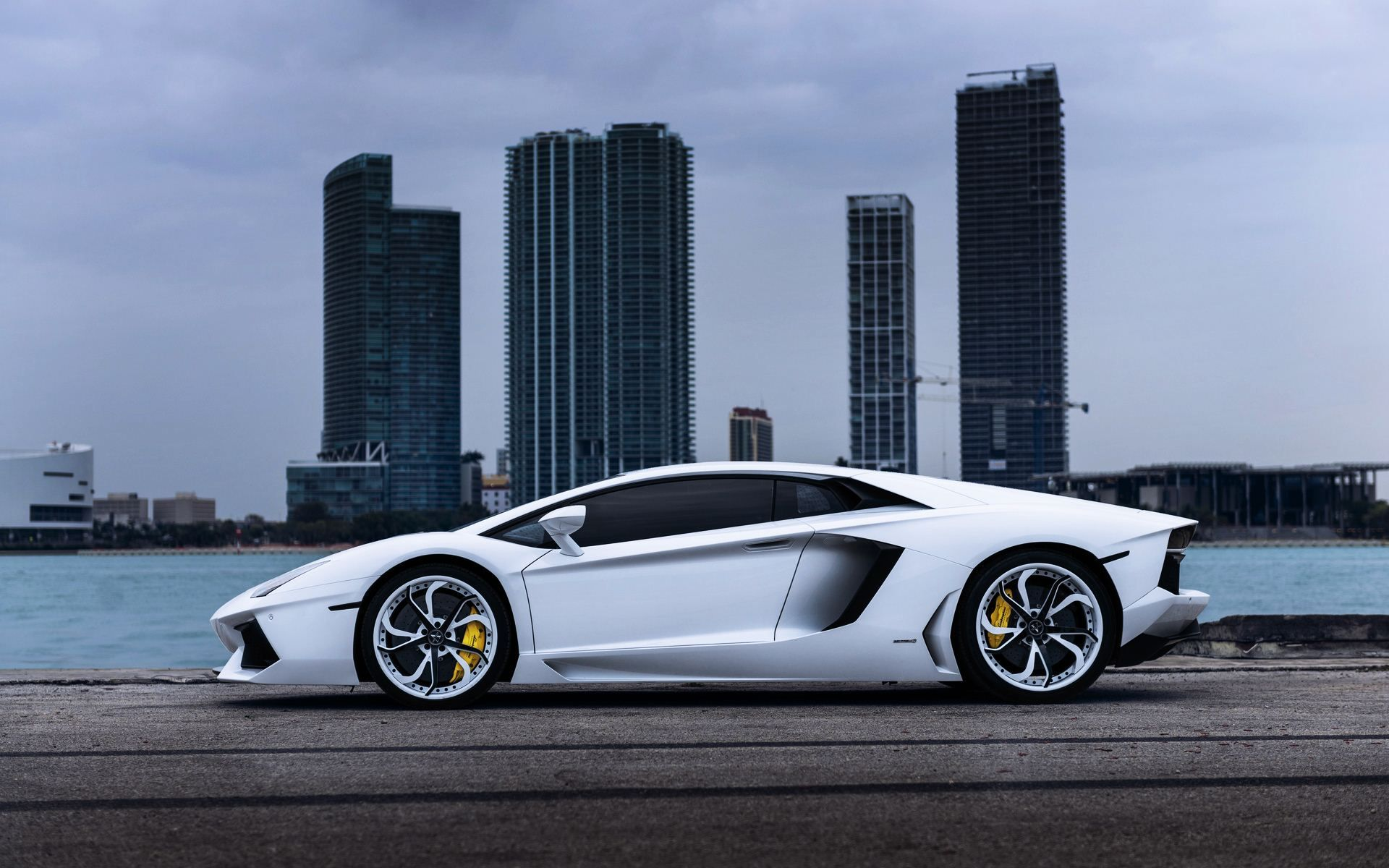 Lamborghini Huracan Wallpapers Phone Vehicles Wallpapers