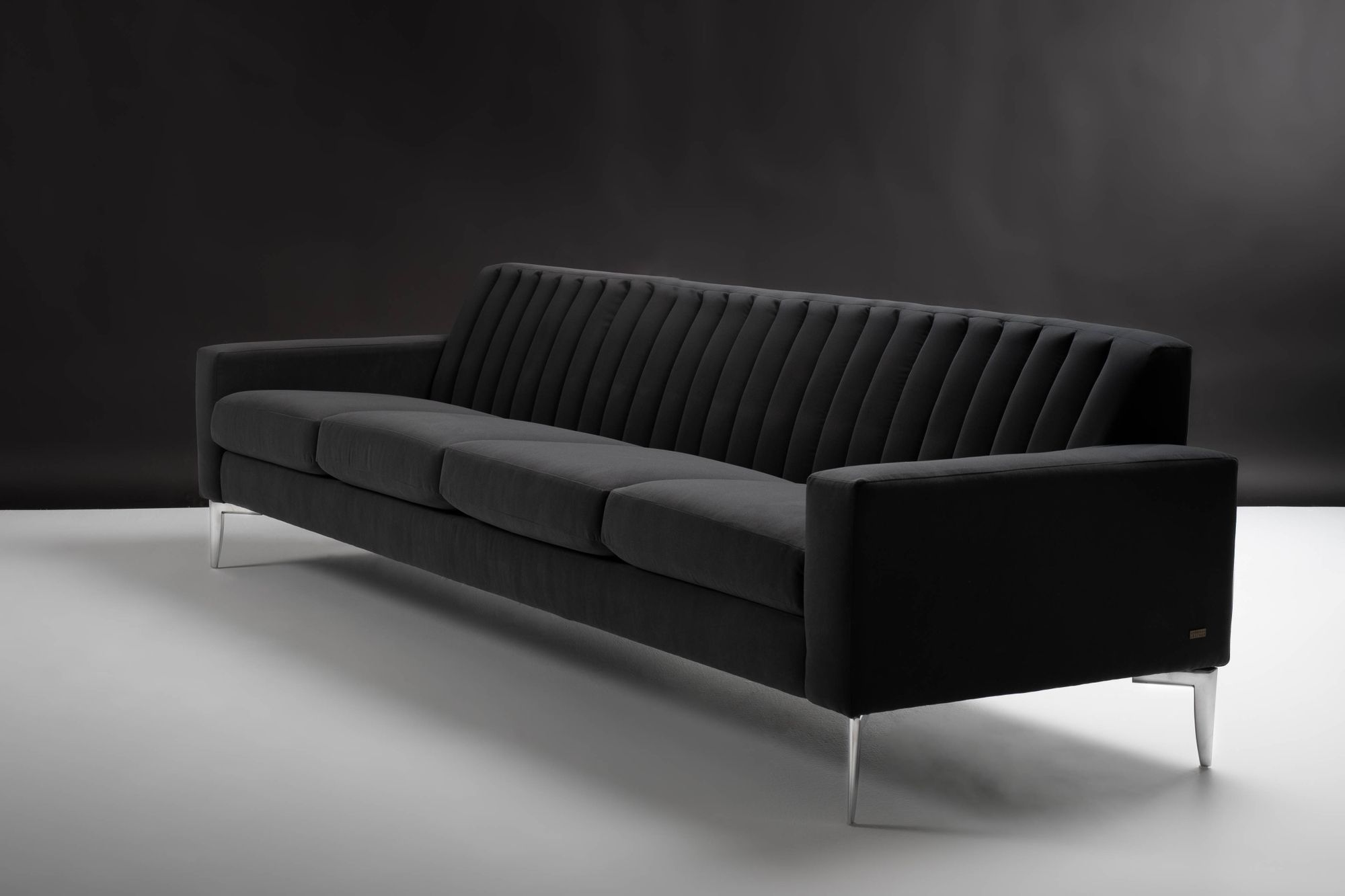 With a vintage modern flair, Rayna refines any space and adds a chic touch. 🖤 •••••••••••••••••••••••••••••••••••••••• Style - Rayna   Cover - Reed Black #americanleather #furniture#designinspiration #blacksofa #blackandsilver #moderndesign #designideas #madeinamerica #interiors #modernfurniture #design#interiors #interiordesign #mystylednest #furnituredesign #livingroomdecor