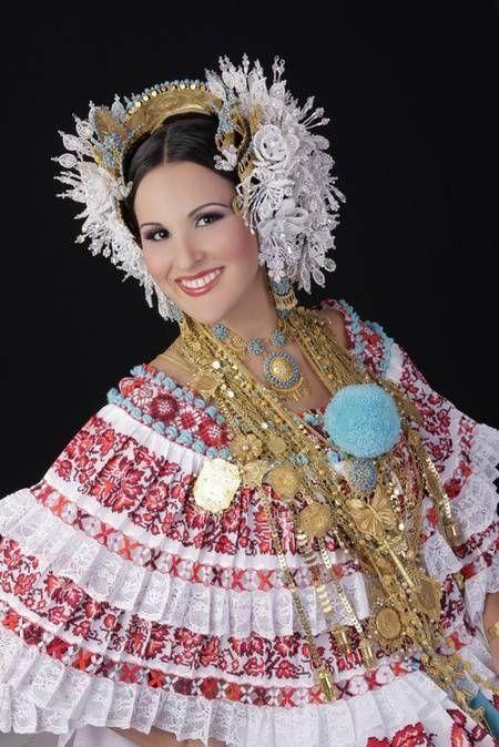 Las prendas de la pollera Panamena | Cultural Folk ...