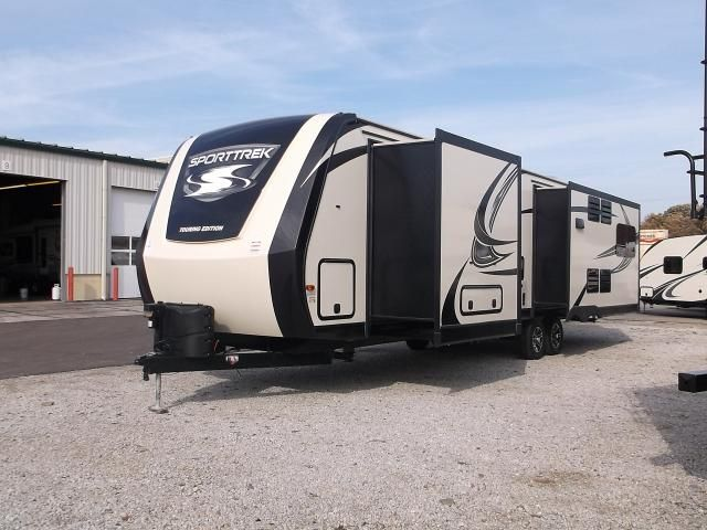 2017 Sport Trek Touring Edition 334vre Travel Trailer With King Bed Fireplace Front Master Bedroom With King Be Recreational Vehicles Rv 5th Wheels For Sale