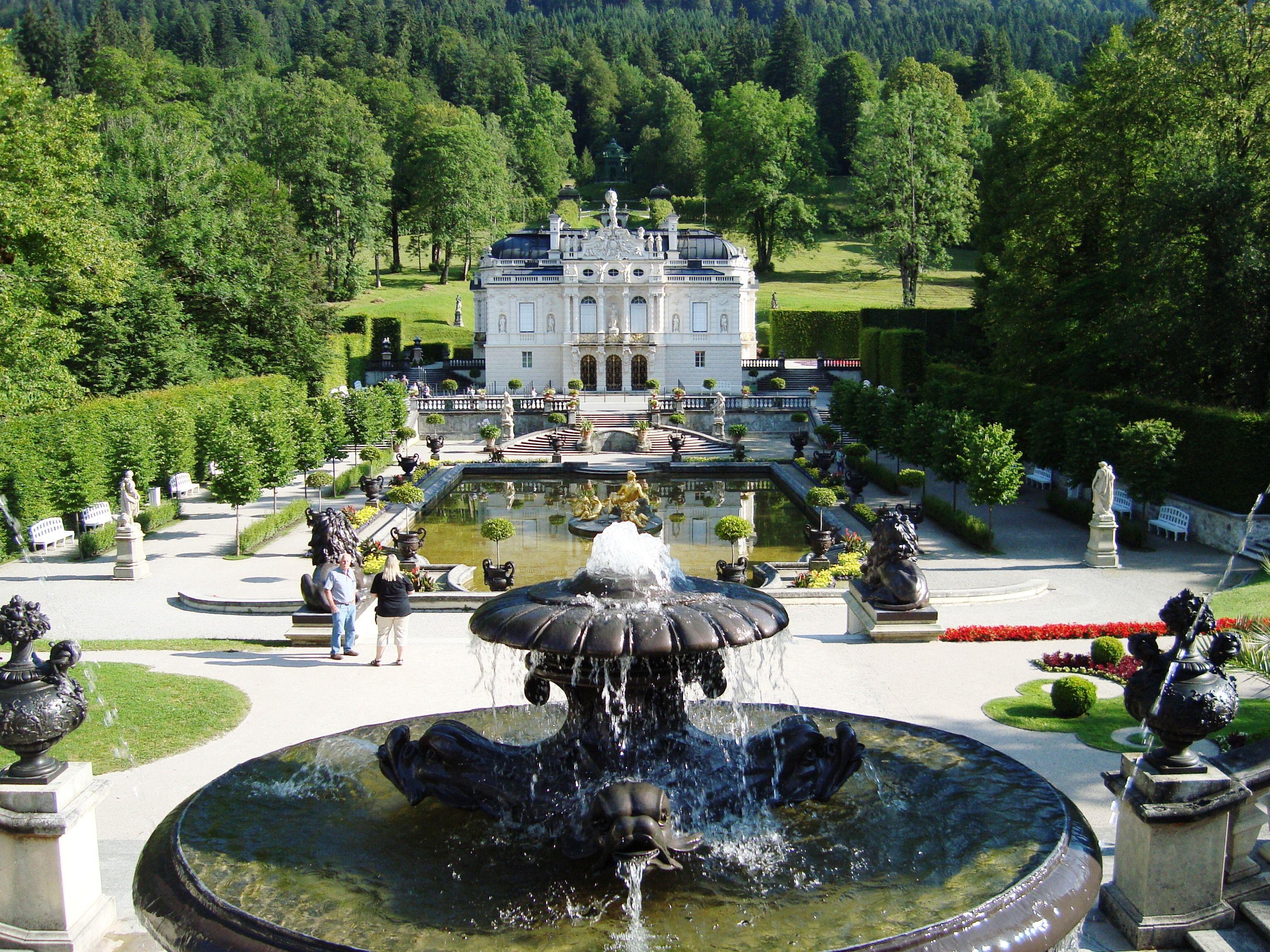 Schloss Linderhof Und Venusgrotte