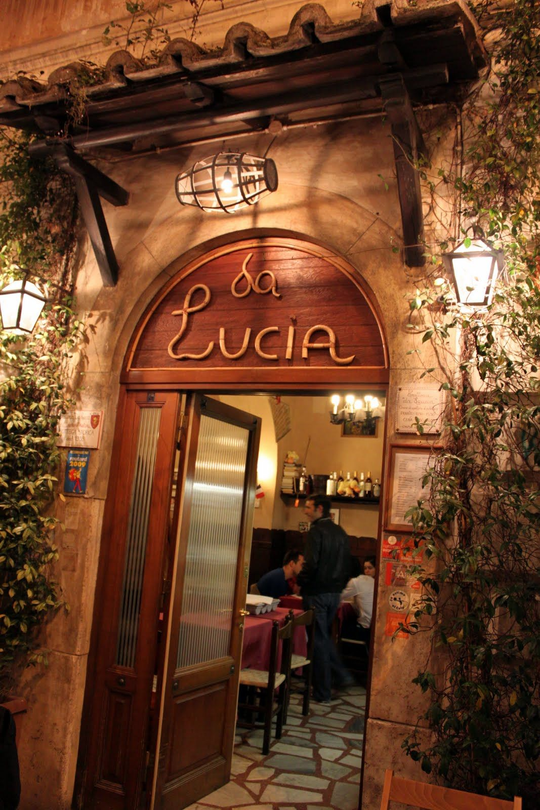By Far The Best Restaurant In All Of Rome Hy Are Those Who Wait On Lord