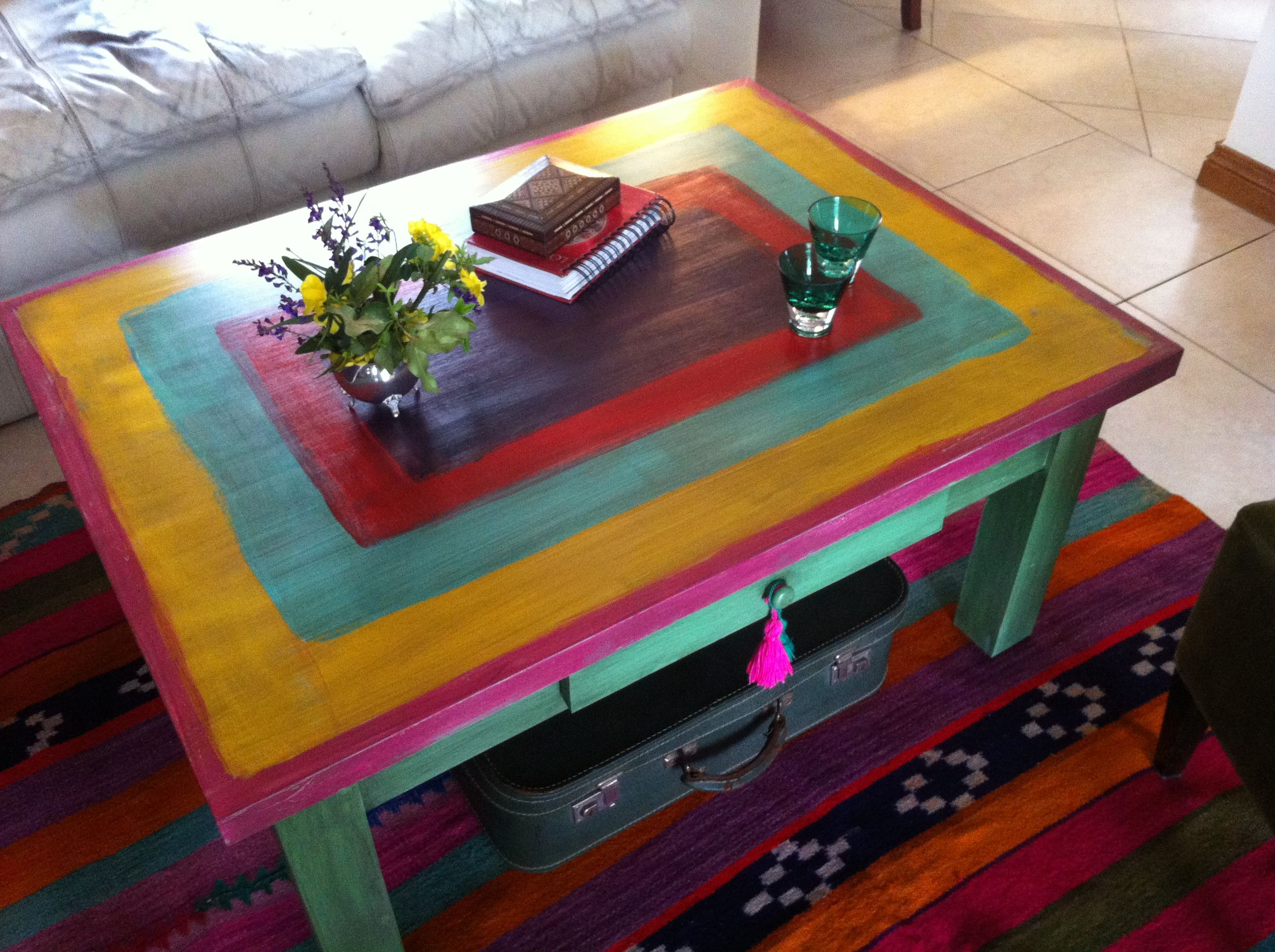 MESA RATONA CON MOSTAZA | Painted Decoupage Mosaic furniture ...