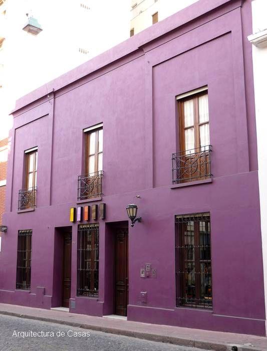 Arquitectura de casas fachada de casa color p rpura - Fachadas de casas pintadas ...