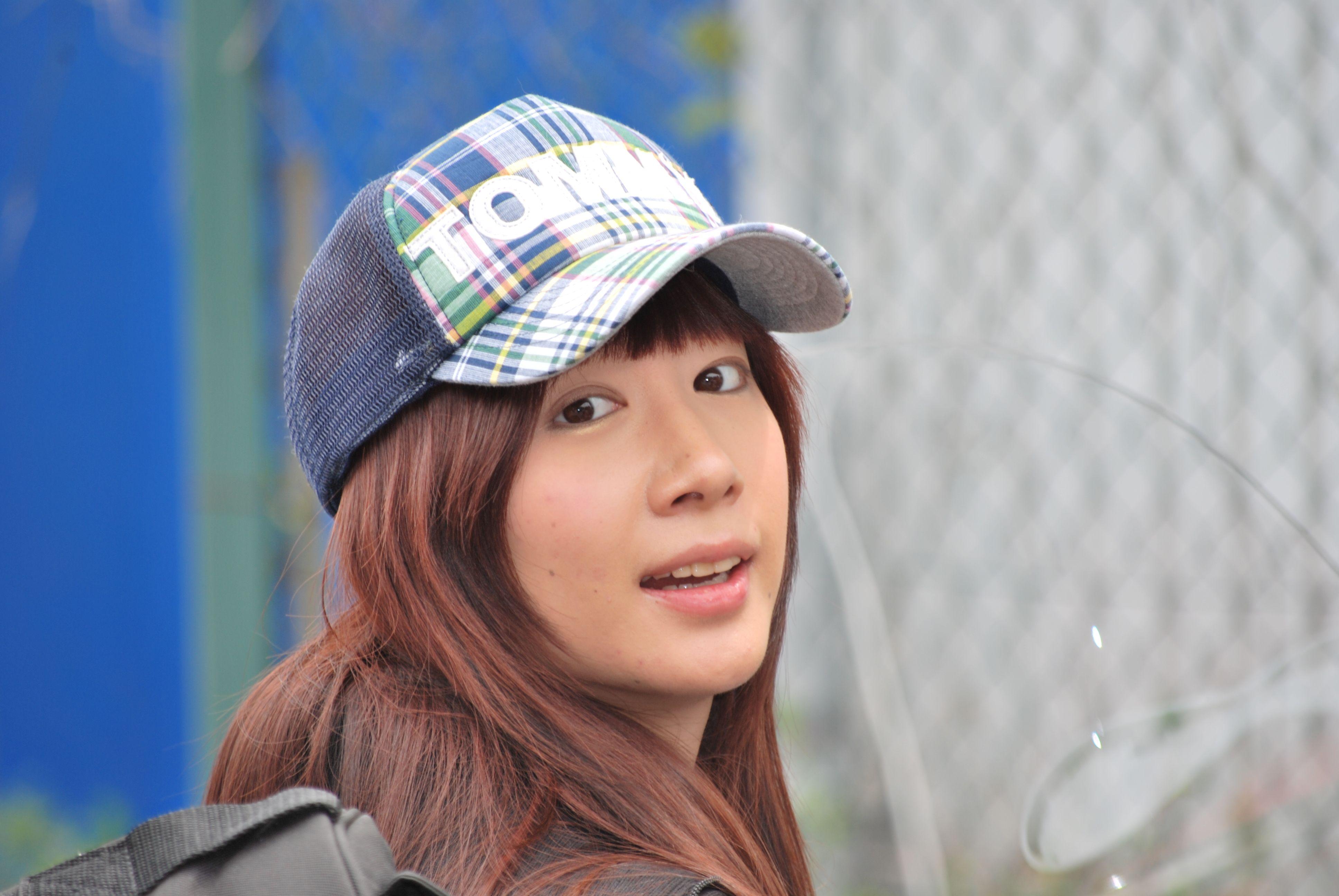 ハーレーに乗って(小泉エリ) | Trucker hat, Hats, Fashion