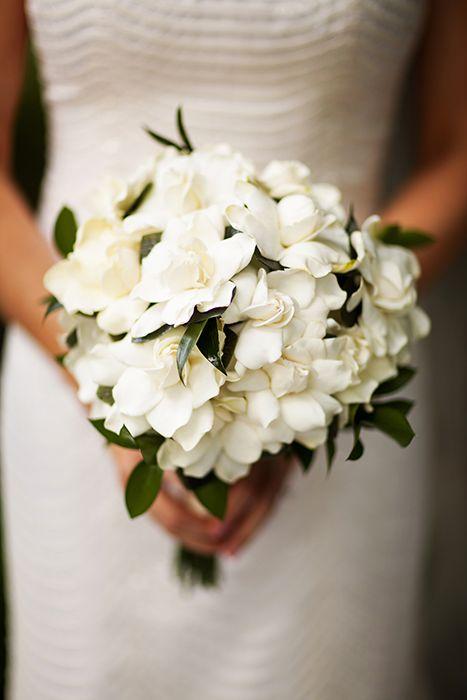 Jakie Kwiaty Na Slub W Maju Czerwcu Lipcu Sierpniu Wrzesniu Pazdzierniku I Na Reszte Ro Gardenia Bridal Bouquet Gardenia Wedding Bouquets Gardenia Wedding