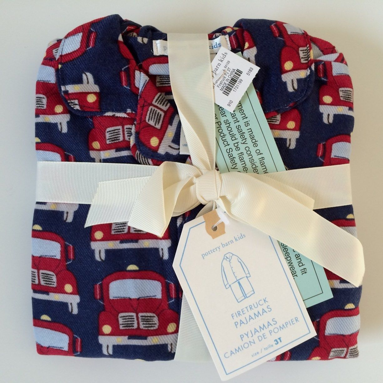 Pottery Barn Kids Fire Truck Flannel Pajamas Size 3T New