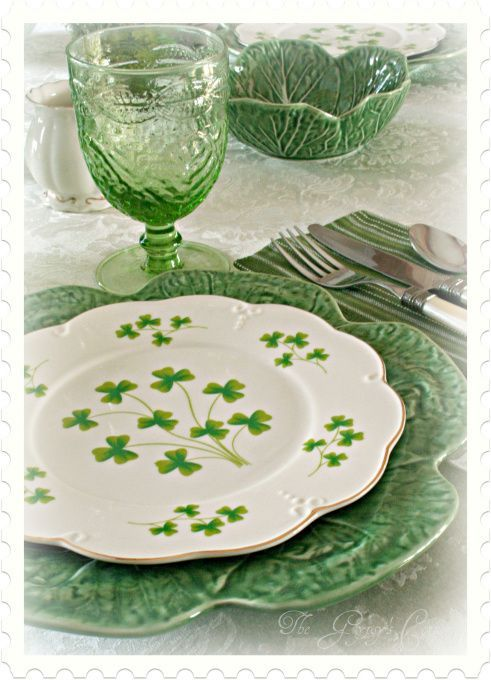 St.Patricks Day Tablescape, I used Bordallo cabbage bowls and dinner ...