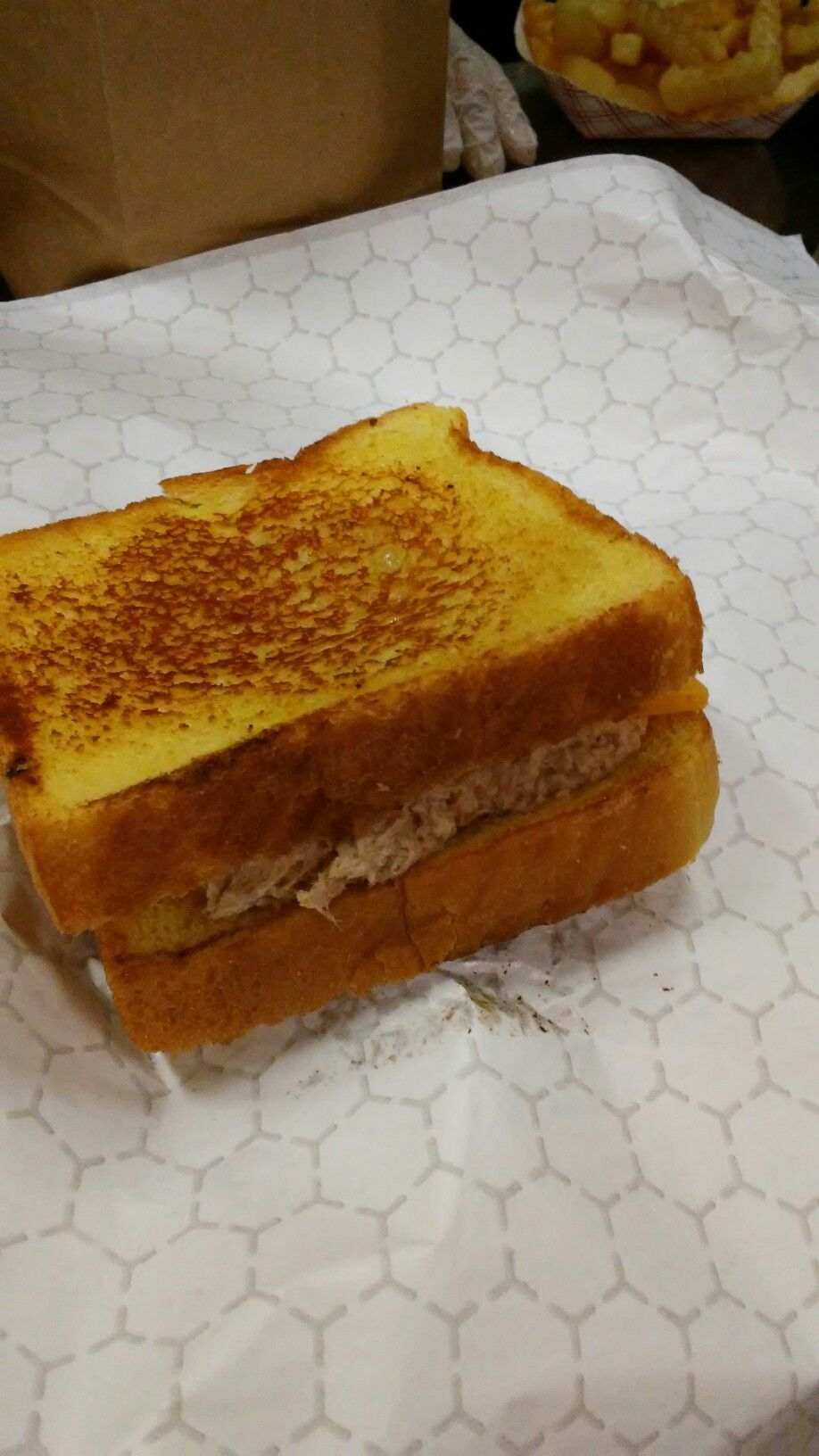 Grilled tuna sandwich food grilled tuna tuna sandwich