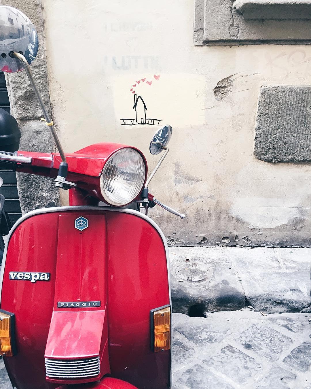 #VespaVita #VespaDispatch // @allafiorentina