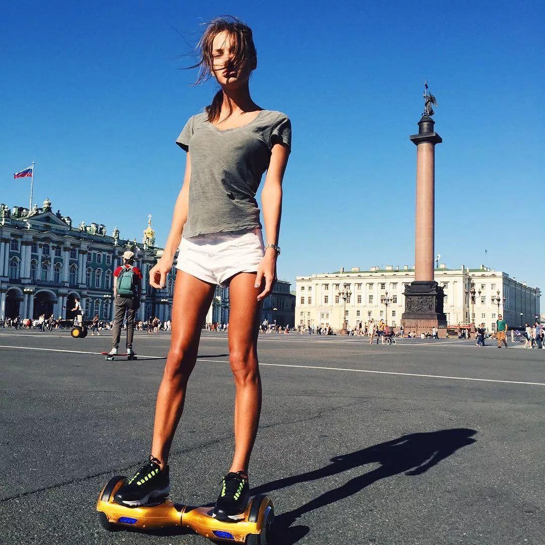 Картинки девочка на гироскутере