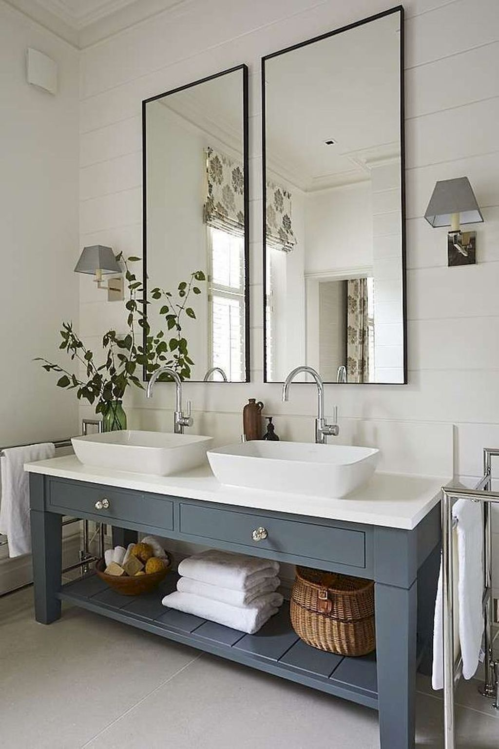 45 Stunning Farmhouse Bathroom Vanity Decorating Ideas