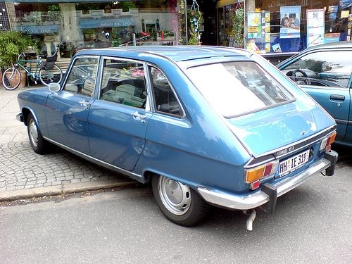 Lovely Renault 16TL - mobile armchair.  Maybe the first true hatchback.  Certainly mine.