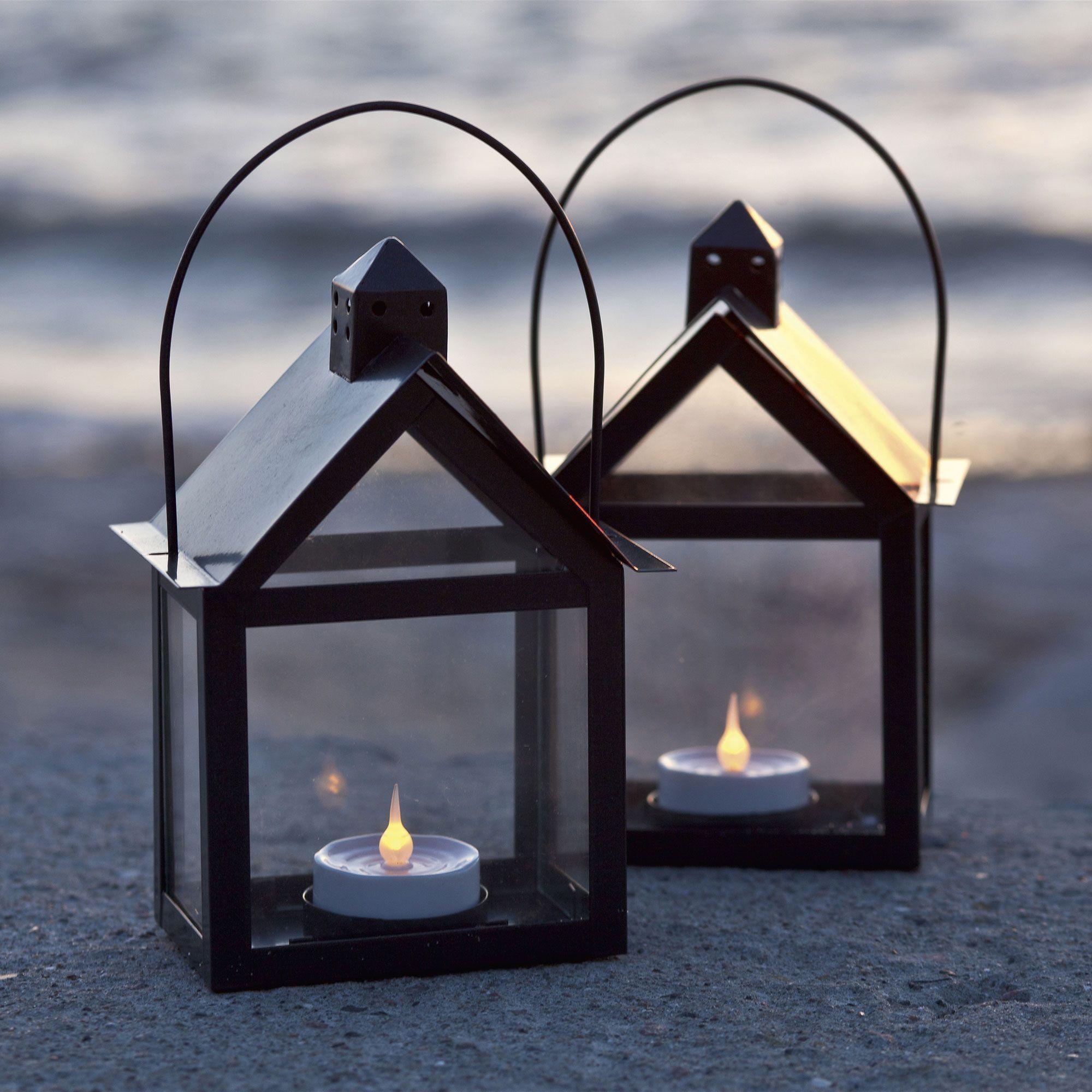 excellent lot de lanternes avec une bougie led marianne. Black Bedroom Furniture Sets. Home Design Ideas