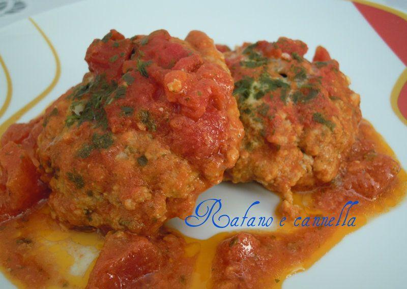 Fagottini di tritato al pomodoro  http://blog.giallozafferano.it/rafanoecannella/fagottini-di-tritato-al-pomodoro/