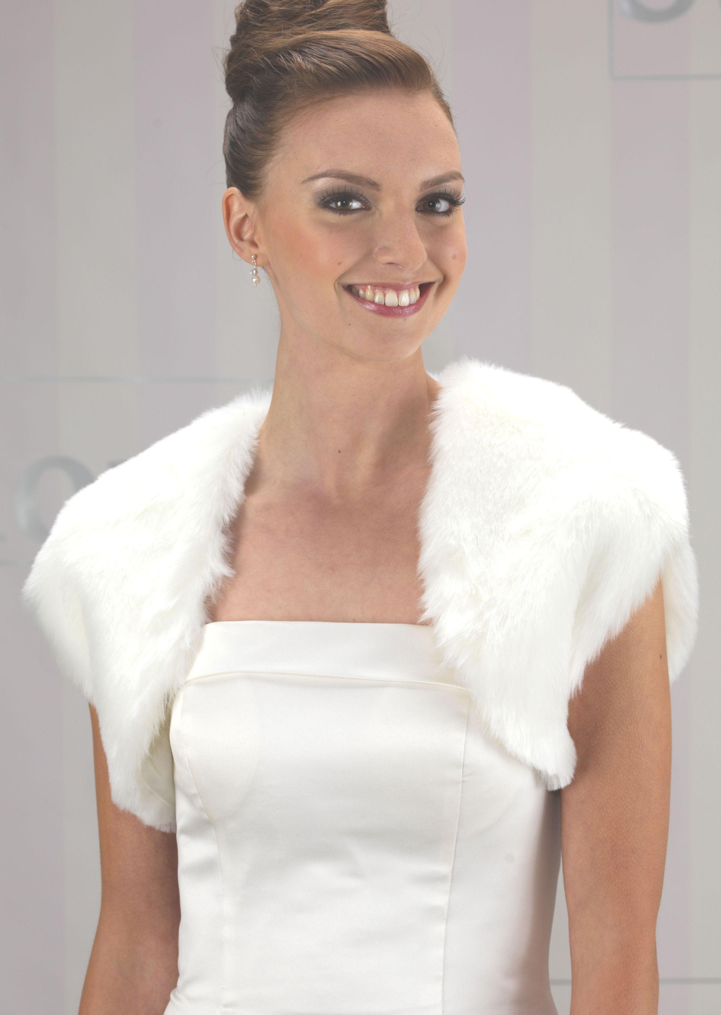 Linzi jay fur bolero ej98 winter wonderland wedding style ideas linzi jay fur bolero ej98 ombrellifo Image collections