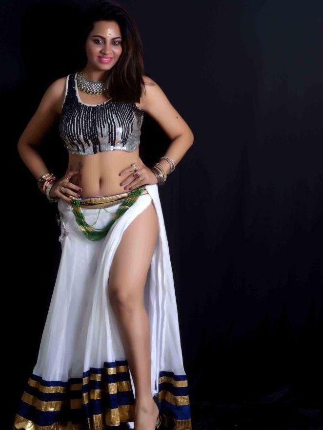 Actress Arshi Khan Hot Stills Sexy Pinterest Actresses