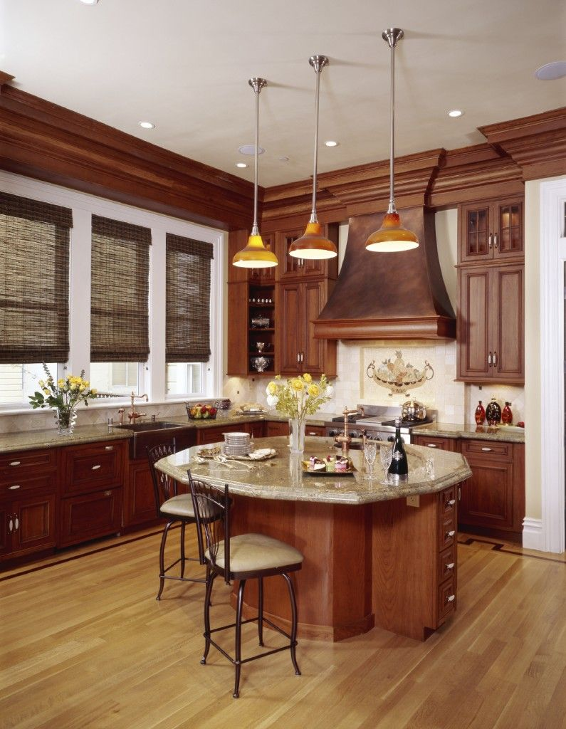 52 Enticing Kitchens with Light and Honey Wood Floors (PICTURES) | Cherry cabinets kitchen, Kitchen design, Outdoor kitchen