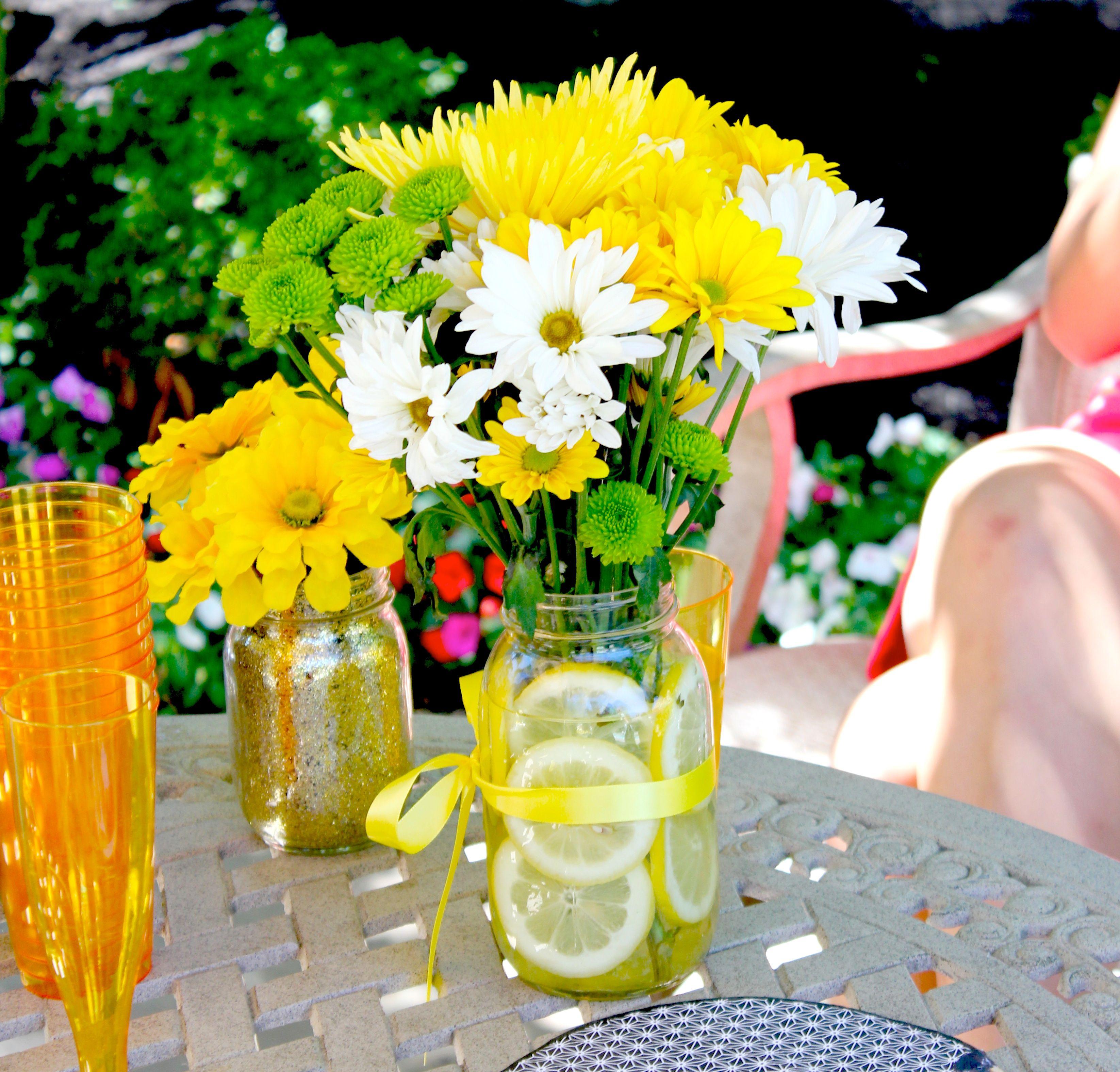 Flowers In Jars Wedding: Flower Centerpiece Using Mason Jar And Lemon Slices