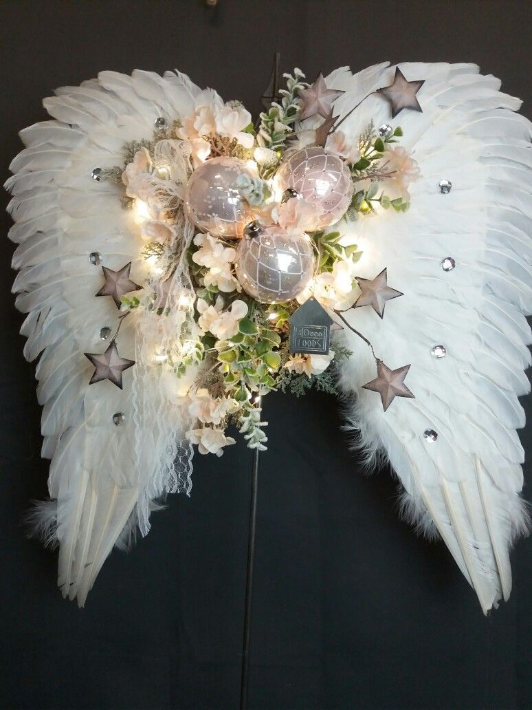 Just Links To Picture But Love This Angel Wing Christmas