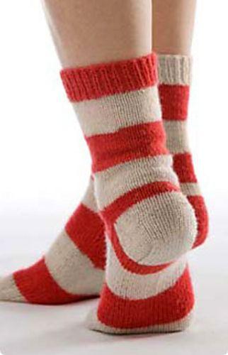 Ravelry: Soak Wash Peppermint Twist Sock pattern by Kate Atherley - free pattern