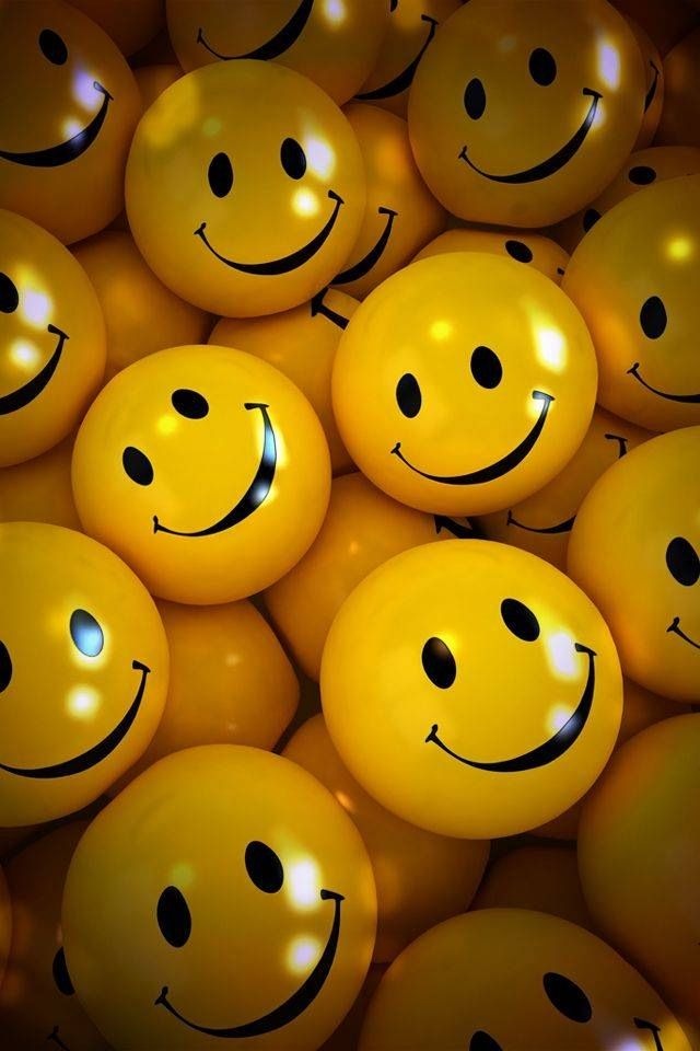 Pin By Tina Kass On Wallpaper Smile Wallpaper Happy Smiley Face Smiley