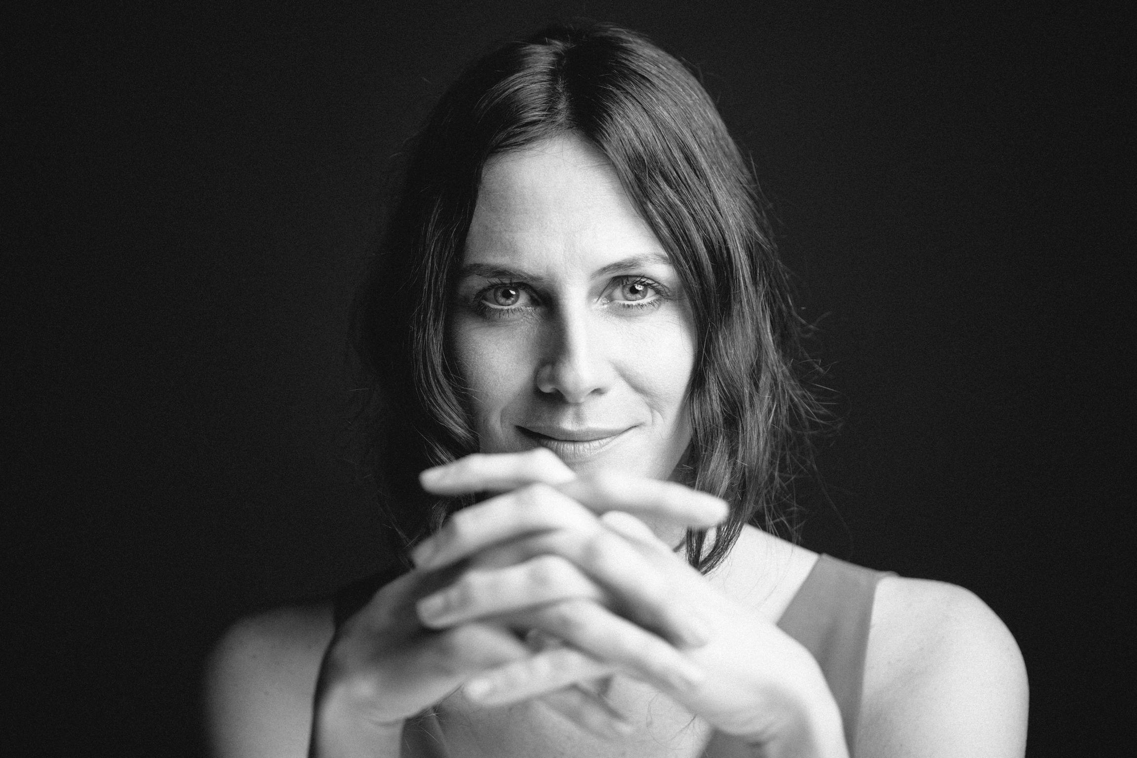 Belen Fabra headshots #elcasanelles belen fabra, spanish actress #actriu