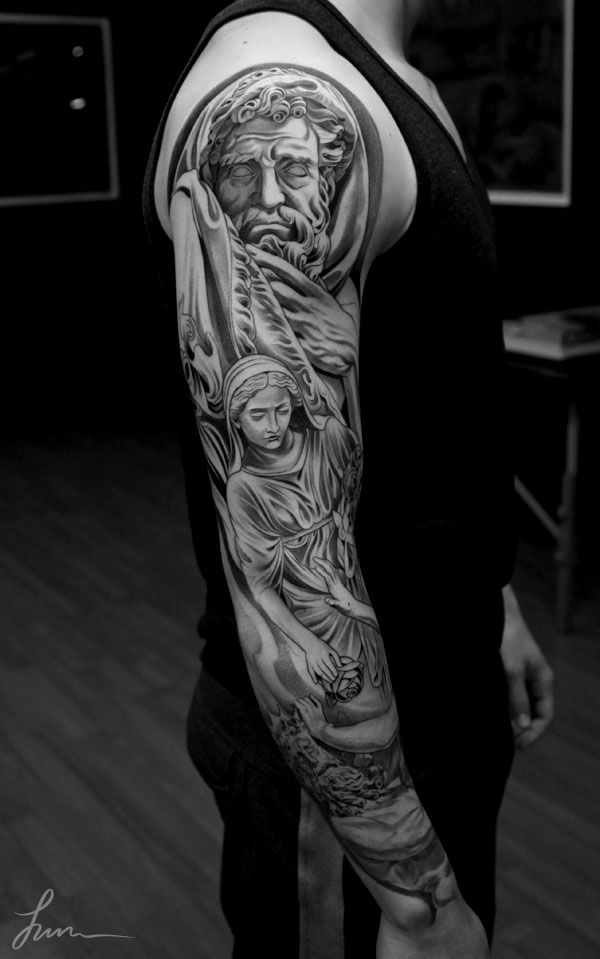 Jun Cha Is A Los Angeles Artist With An Exceptional Portfolio Of Striking Of Black White And Greyscale Tattoos Jun Attended Tattoos Art Tattoo Cool Tattoos