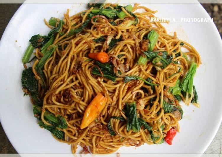 Resep Mie Goreng Jawa Pedas Enak Mie Tek Tek Pedas Oleh Kheyla S Kitchen Resep Resep Masakan Indonesia Resep Resep Makanan