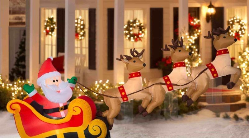 Mesmerizing Outdoor Decoration Ideas For Christmas Live Enhanced Outdoor Christmas Decorations Christmas Yard Art Disney Christmas Decorations Outdoor