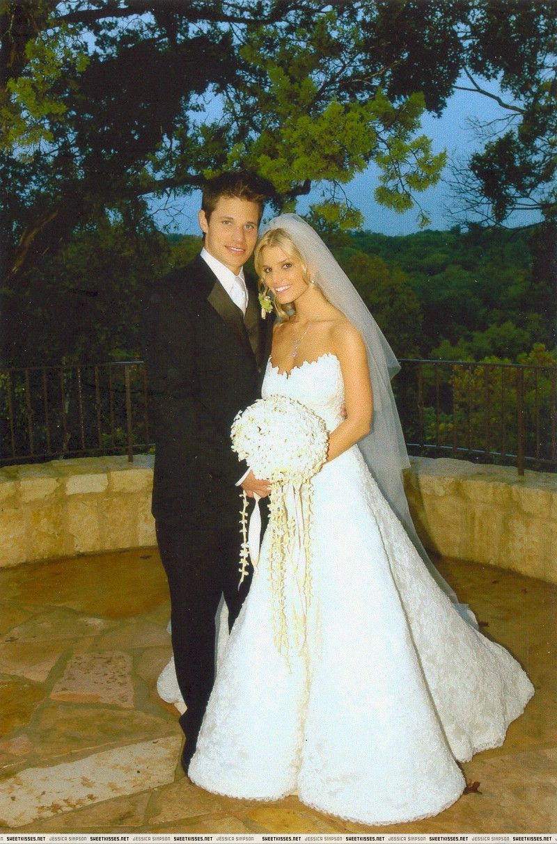 0413c8ff329 Celebrity Wedding Dresses - Jessica Simpson   Nick Lachey
