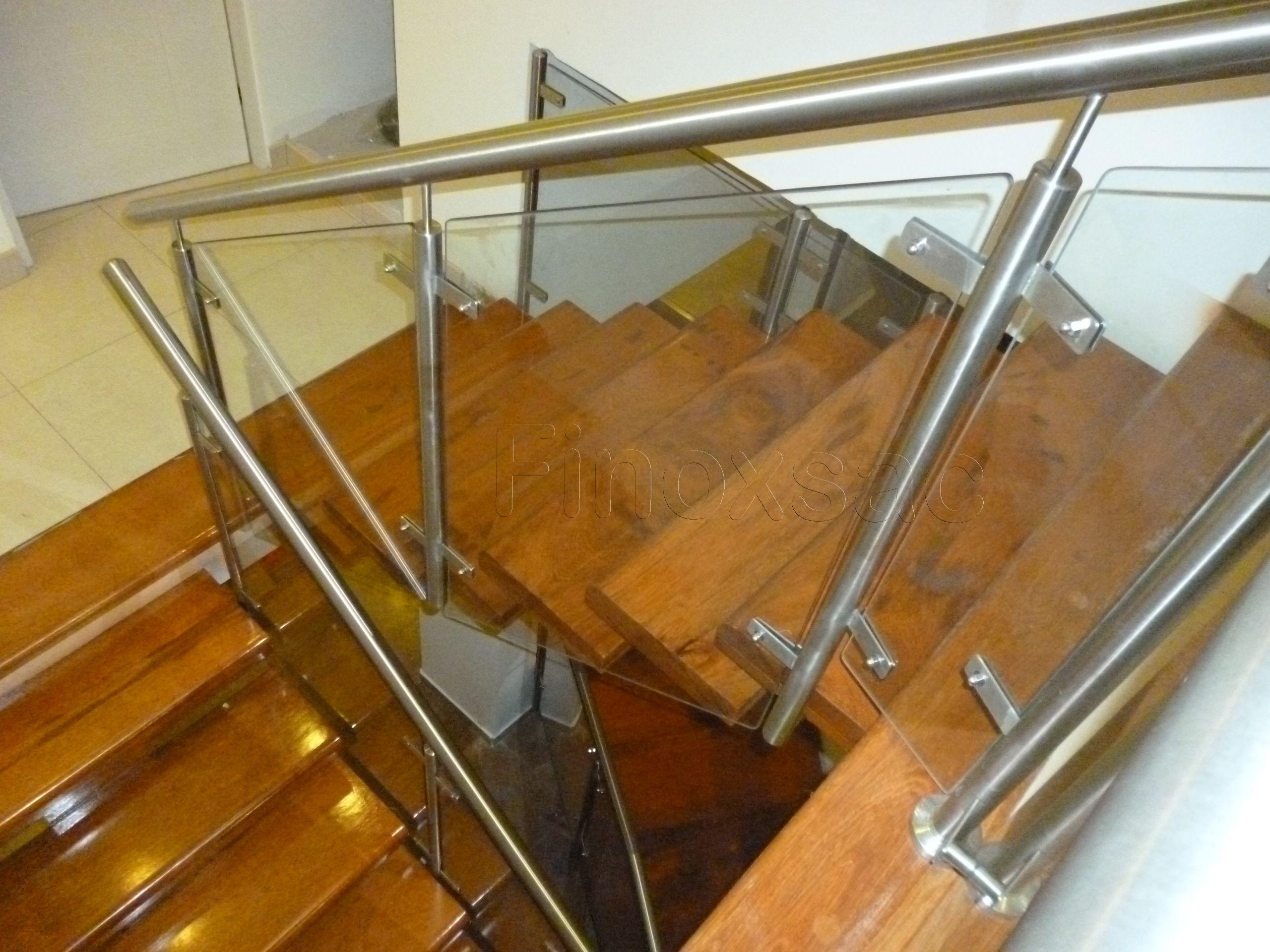 Escalera con baranda de acero inoxidable calidad 304 y - Barandas de escaleras de madera ...
