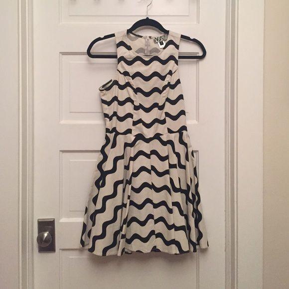 Fun retro mini dress from Anthroplogie Fun mini dress only worn a few times. *100% cotton * Machine wash cold * Hang dry * Made in USA Anthropologie Dresses Mini