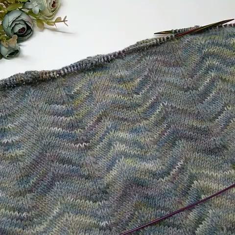 Photo of multicolor wave #knittingpattern