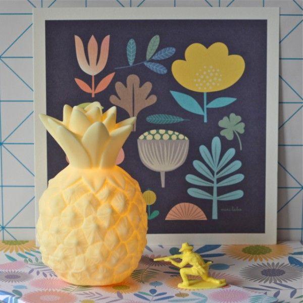 veilleuse Ananas jaune A little lovely company - deco-graphic.com