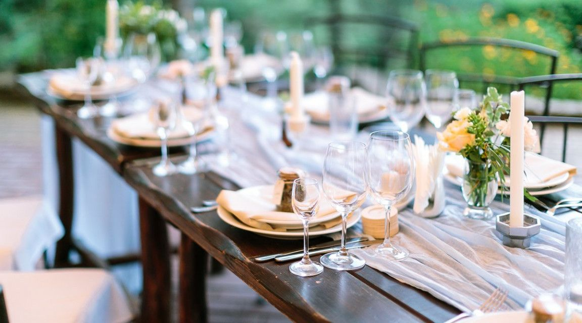 9 Cheap Food Ideas For Wedding Reception That Had Gone Way Too Far