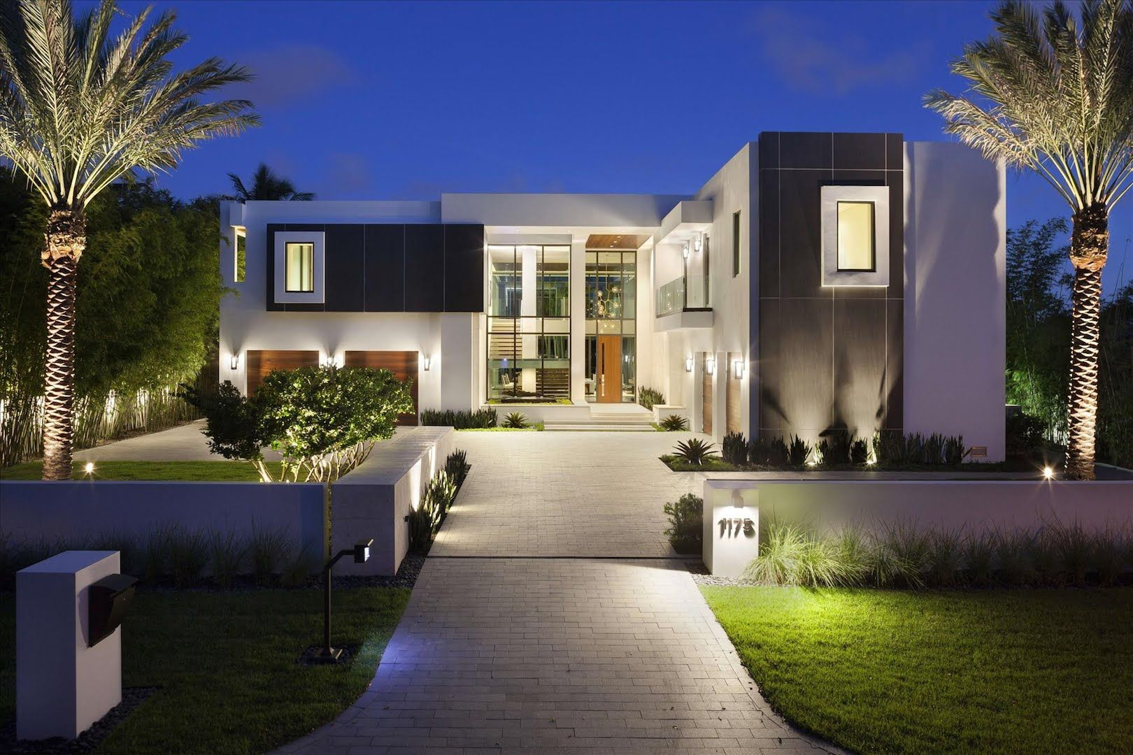 Luxury homes new ultra modern intracoastal estate 1175 for Modern florida homes
