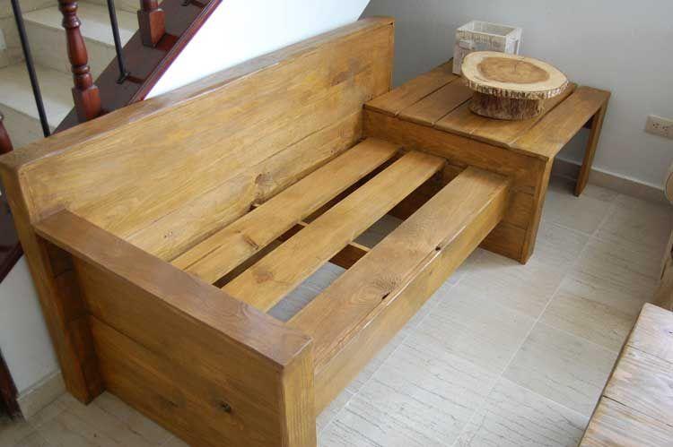Cómo Hacer Un Sofá Barato De 2 Plazas Con Una Mesita Lateral Como Hacer Un Sofa Sofa Madera Decoración Rústica Para El Hogar