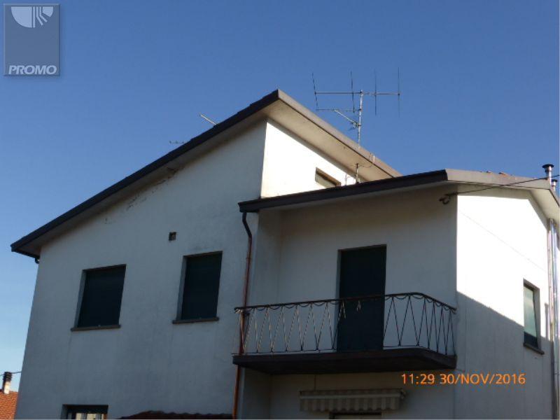 Case Toscane Arezzo : Agenzia case toscane arezzo case a castiglion fiorentino arezzo u