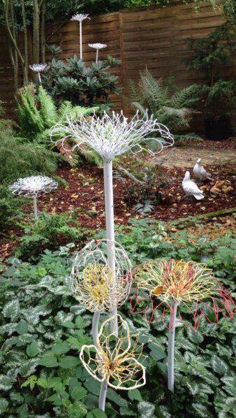 Chicken wire flowers made by Johanna Langezaal   Garden ...
