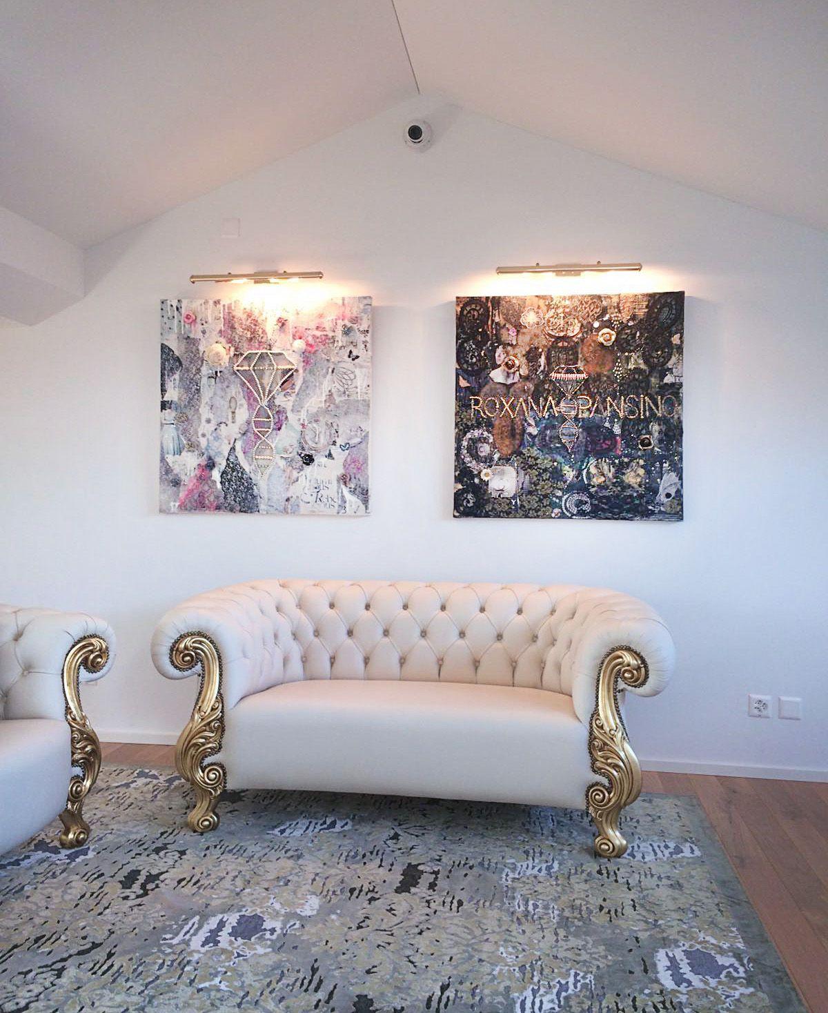 """""""ROXANA PANSINO"""", 100x100, Lugano, Switzerland Love seat"""