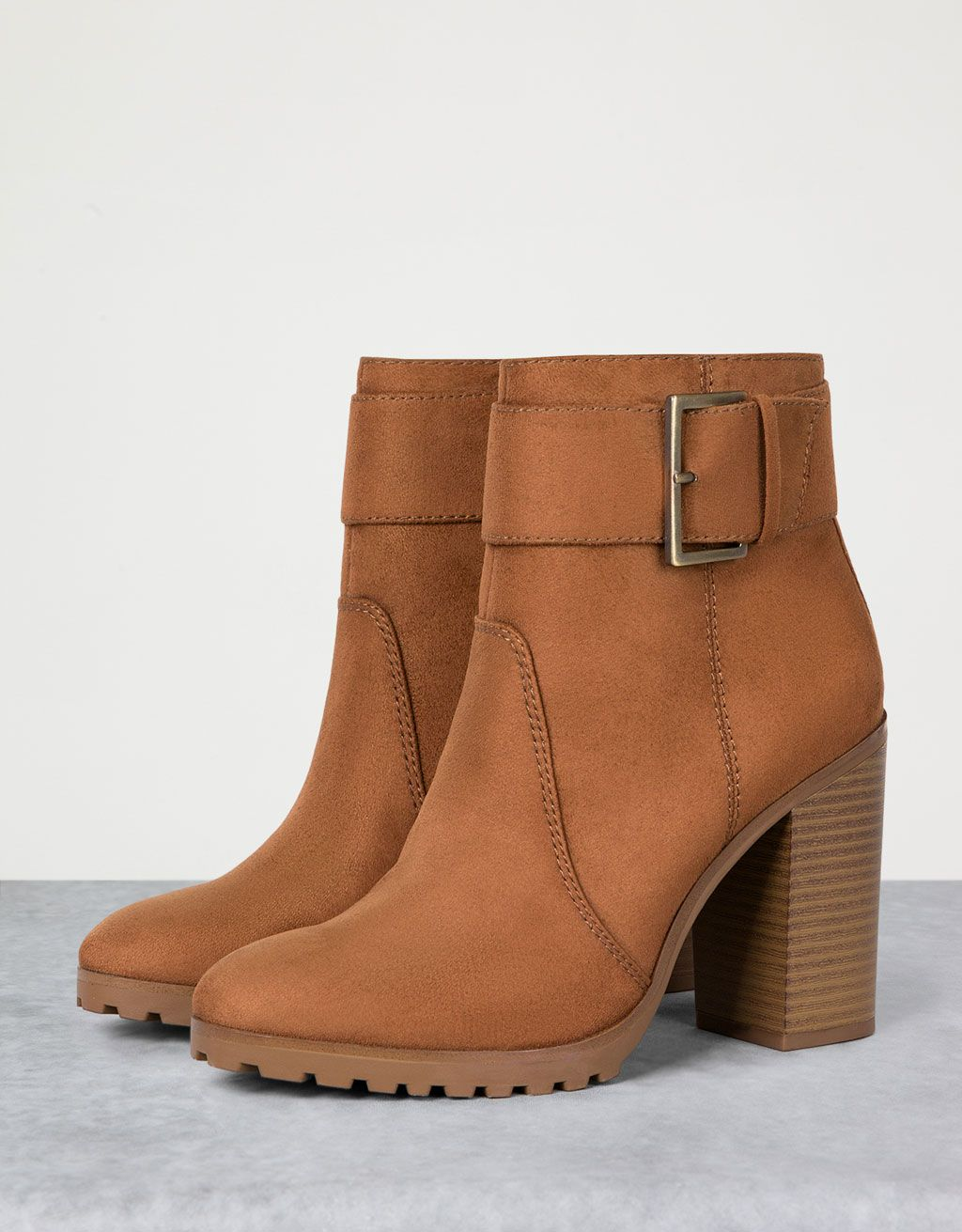 Buckle ankle boots - View All - Bershka Ukraine Zapatos Abotinados Mujer f4eb6911ca19