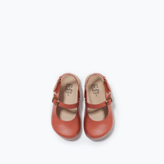 Image 4 of LEATHER CLOGS WITH BUCKLE from Zara | Schuhe ...