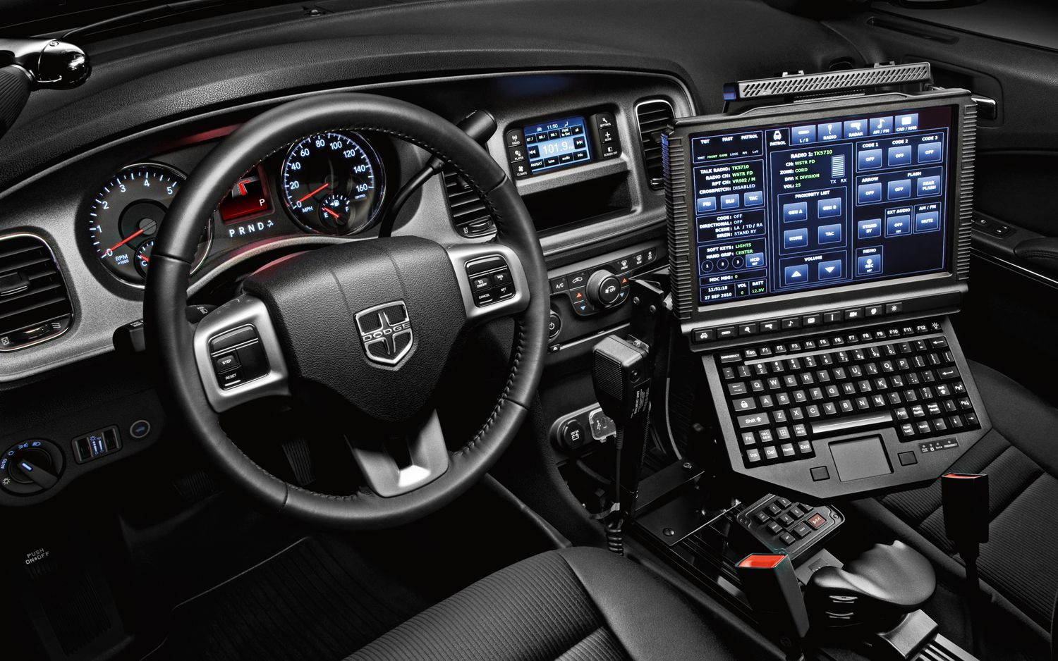 2013 Dodge Charger Pursuit   Interior