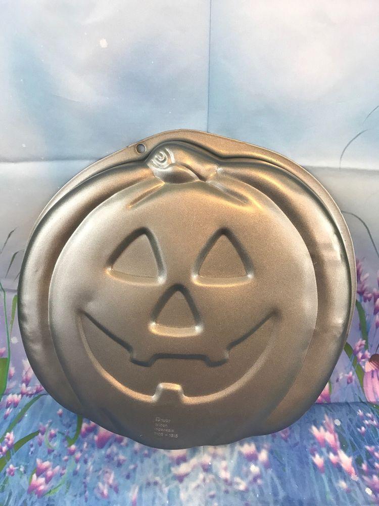 Vintage wilton jack o lantern halloween cake pan